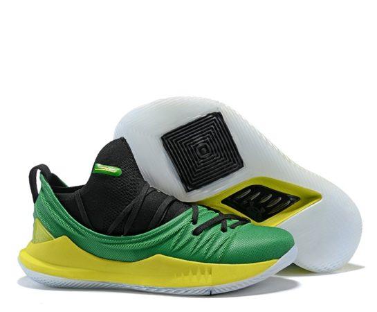 Зеленые кроссовки Under Armour