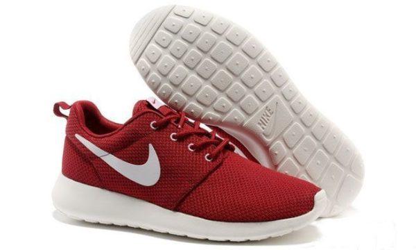 Nike Roshe Run красные с белым (40-45)