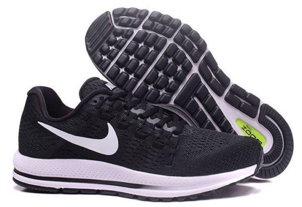 Nike Zoom Vomero 12 черные с белым (40-44)