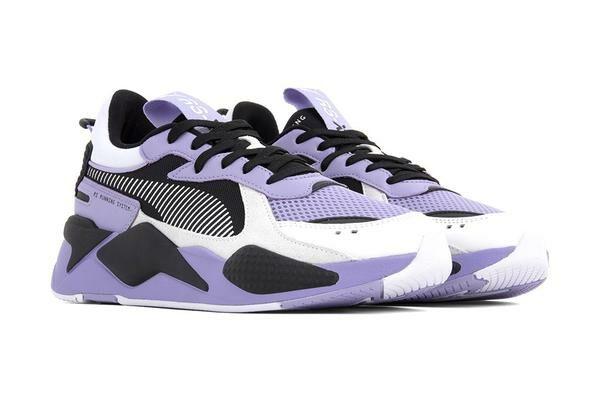 Фиолетовые женские кроссовки